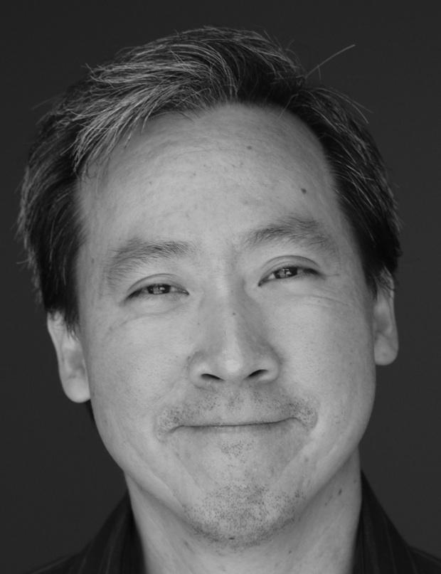 Photo of Illustrator Ken Min
